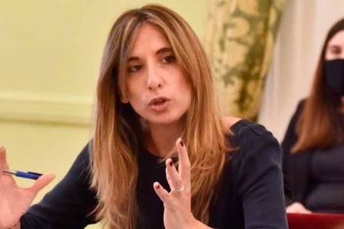 Asesora del Gobierno ratificó que 'Argentina tiene más de 60 millones de  dosis de vacunas comprometidas'